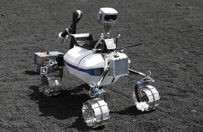 Lunar Robots