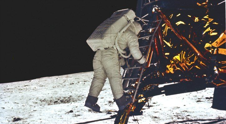 Armstrong takes his first step onto the surface of the Moon - NASA