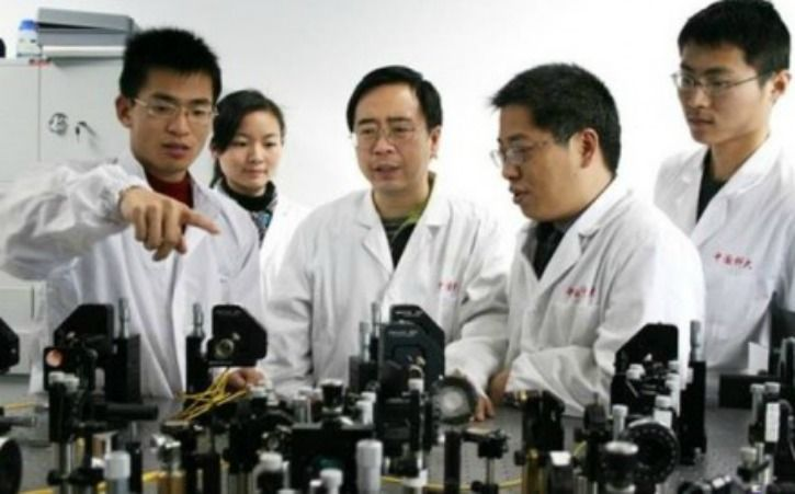 Chinese teleportation scientists