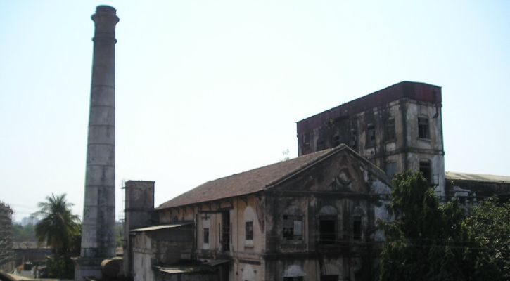 One of the few mill structures standing in ruins. Image Credit : Kruti Garg