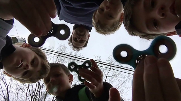 Originally invented by Catherine Hettinger in Florida in the 1990's the fidget spinner was invented with the intention to help children with ADHD and Autism