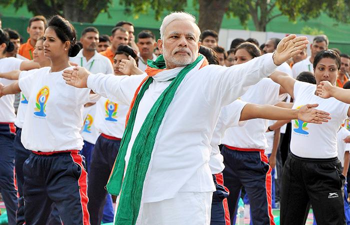 Modi doing yoga