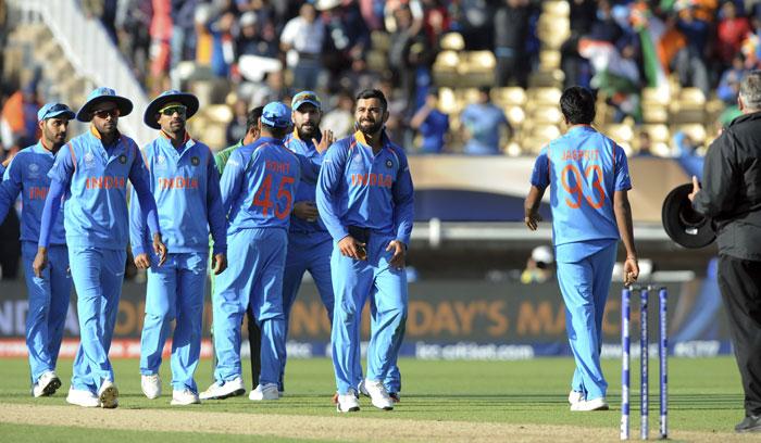 Virat Kohli and india team