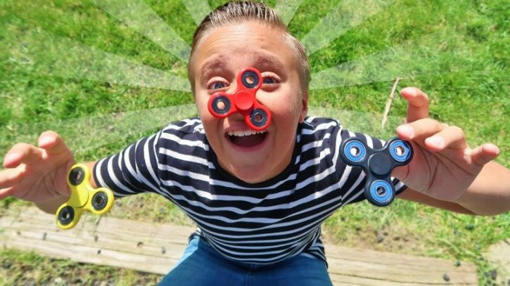 Fidget spinners is the hottest new craze this year that has hit the playgrounds and seems to be on the wish list of every kid out there
