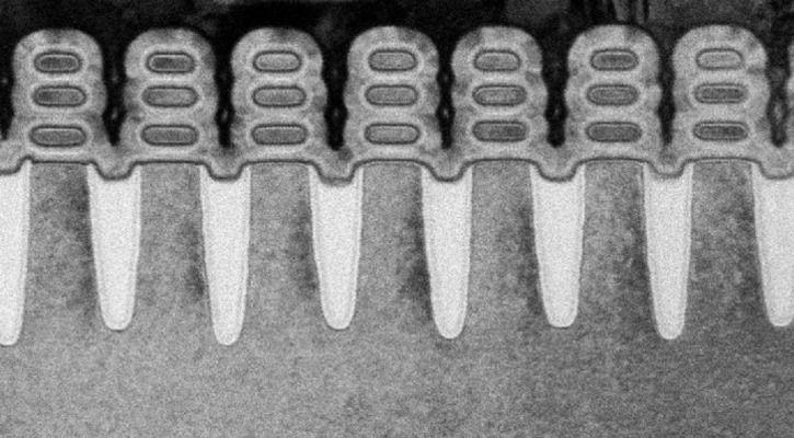 A scan of IBM Research Alliance's 5nm transistor - IBM