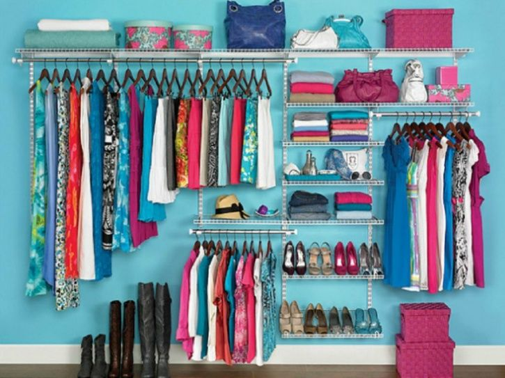 Arrange your closet in accordance with your taste