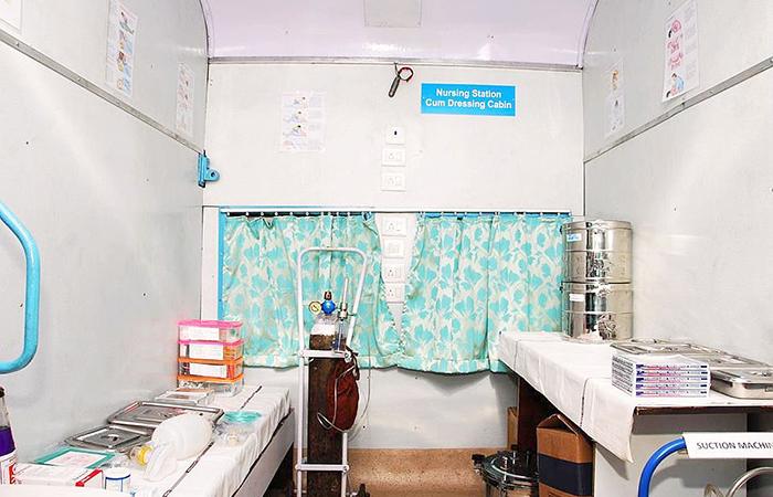 AC Ambulance On Rails