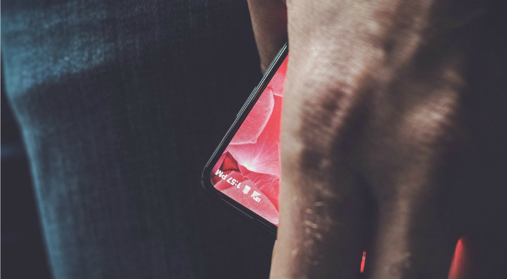 The mystery device incoming from Essential - Andy Rubin/Twitter