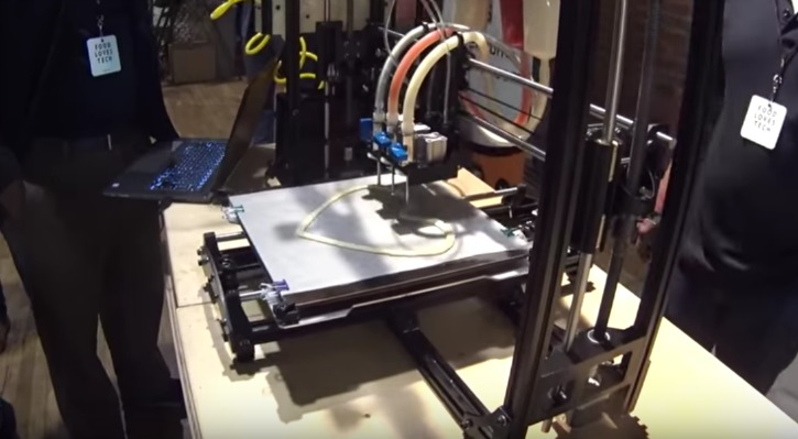 BeeHex 3D Printed Pizza Robot