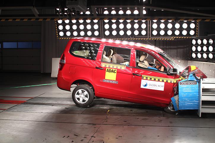 Chevrolet Enjoy crash test