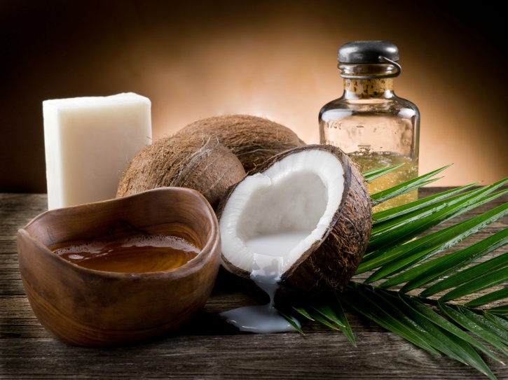 Naturally occurring saturated fats in cocunut