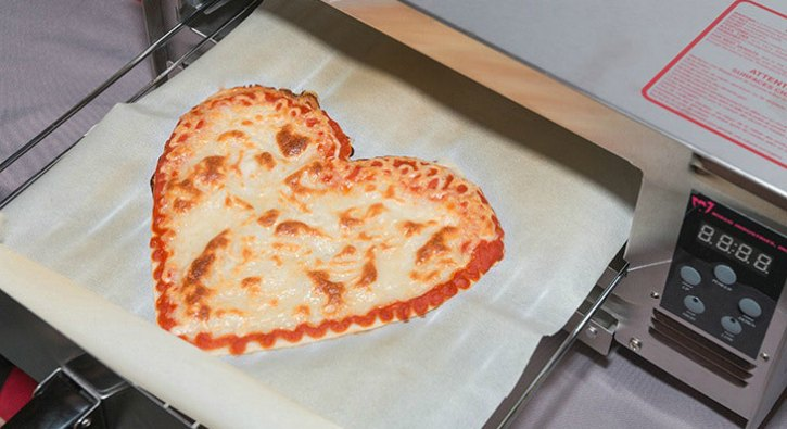 Heart shaped 3D printed pizza from BeeHex
