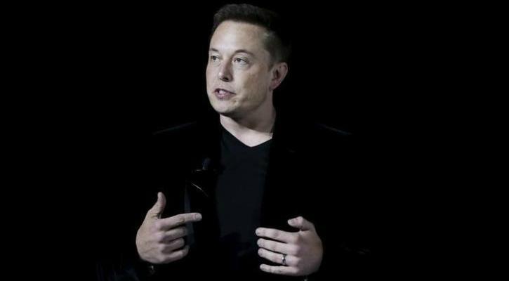 Through Neuralink, Elon Musk Wants To Combine Human Brain & Artificial Intelligence