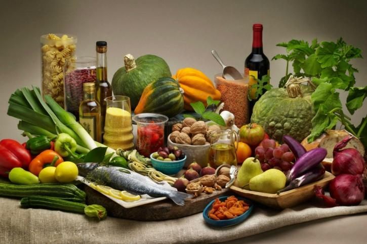 Italians use fresh ingredients in their Mediterranean diet