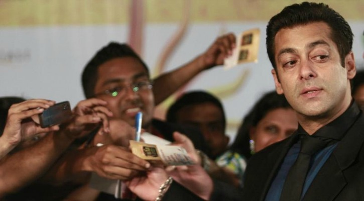 """Salman Khan All Set To Launch Sub-Rs 20,000 """"Being Smart"""" Android Phones Very Soon"""