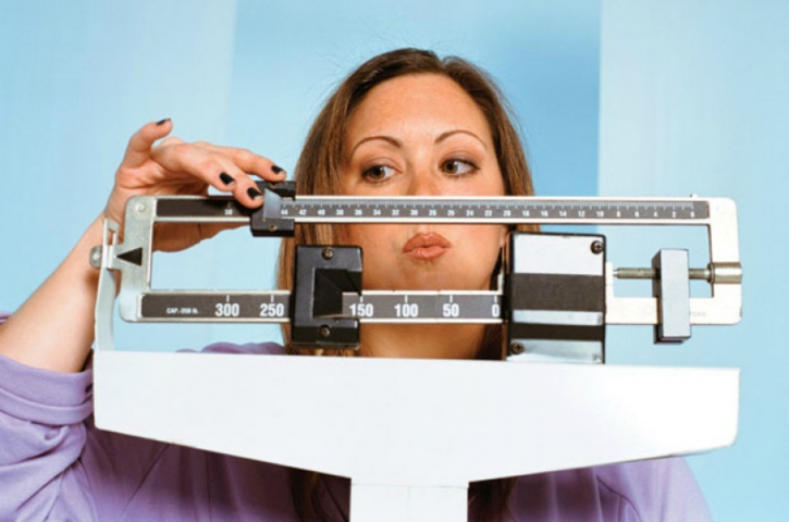 Consume foods dense in nutrients for sustained weight loss
