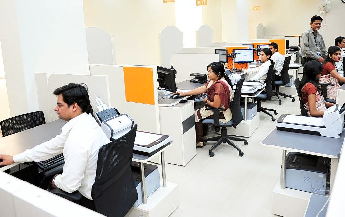 Government Plays Down Massive Job Cuts In IT Sector