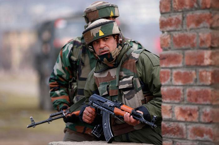 Four Armymen Injured In Pak
