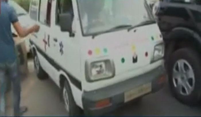 Noida Greater Noida ExpresswayNoida Greater Noida Expressway Ambulance
