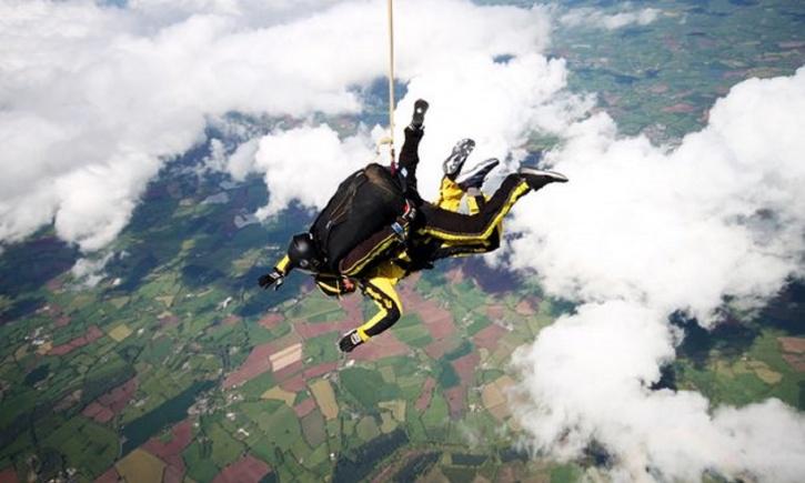 Skydive Buzz/PA