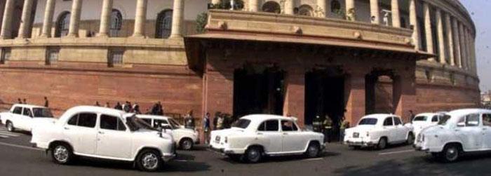 MP caught in honeytrap, gang demands Rs 5 crore