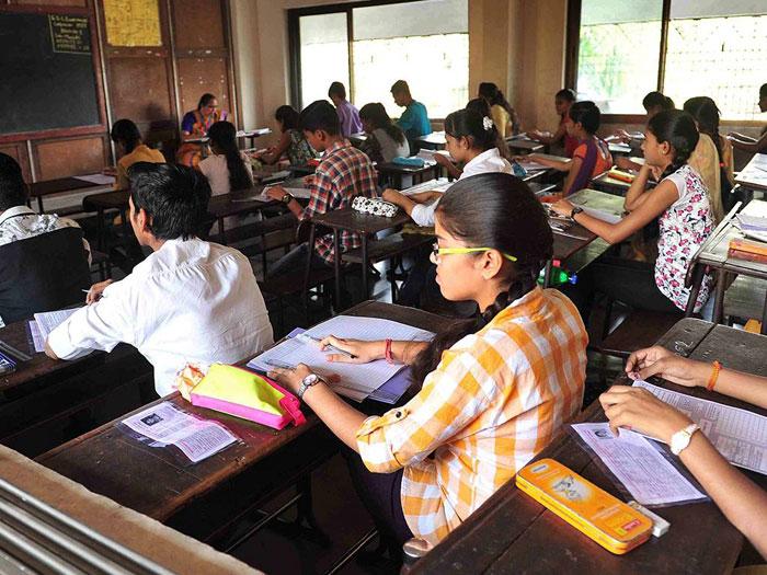 Om Prakash Chautala pass Exam