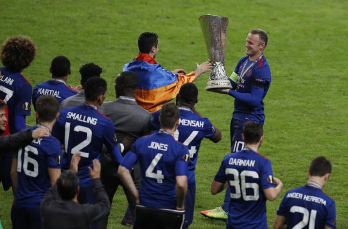 nited players dedicate Europa League win to Manchester victims
