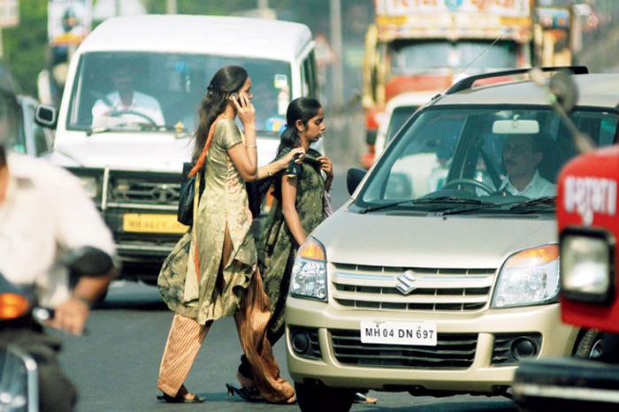 Mumbai man runs over child, let off over absence of zebra crossing
