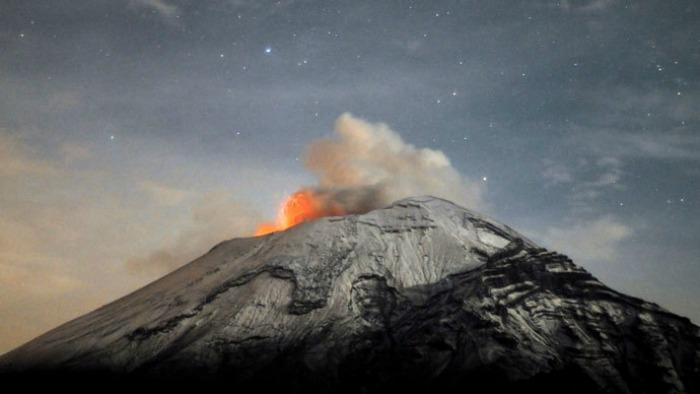 Popocatépetl Volcano, Mexico