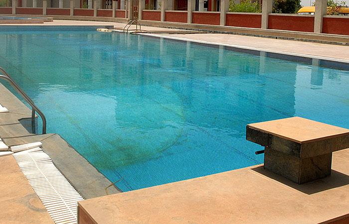 swing pool