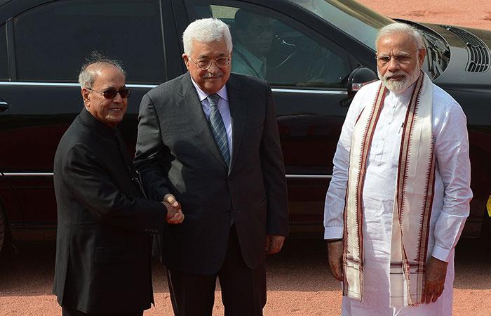 Paranb Mukherji, Mahmoud Abbas, Modi