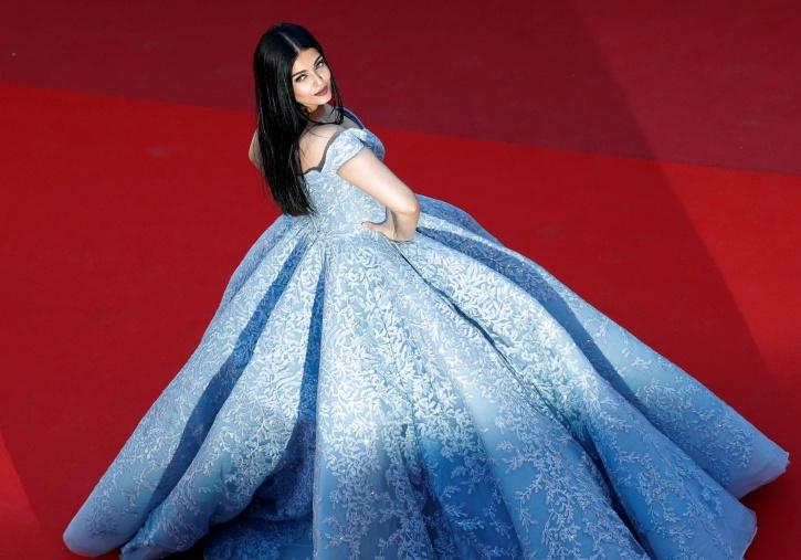 Aishwarya Rai Bachchan at Cannes red carpet 2017
