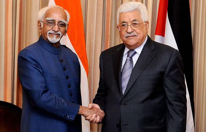 Hamid Ansari, Mahmoud Abbas