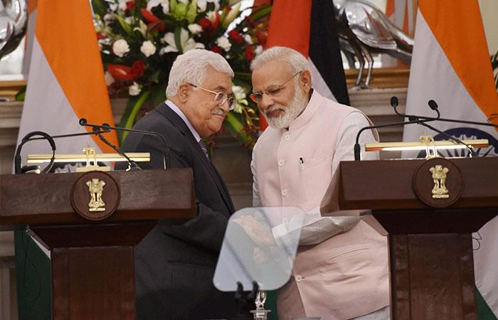Mahmoud Abbas, Modi