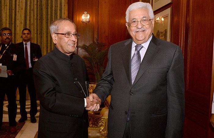 Paranb Mukherji, Mahmoud Abbas