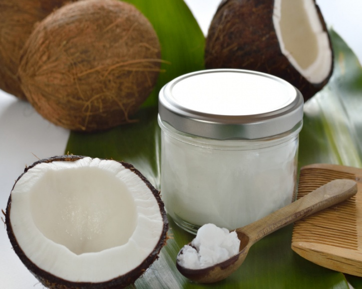 The naturally occurring saturated fatty acids in coconut oil on the other hand is highly resistant to oxidation at high heats, which is why it is the slowly becoming the go-to oil for cooking and frying