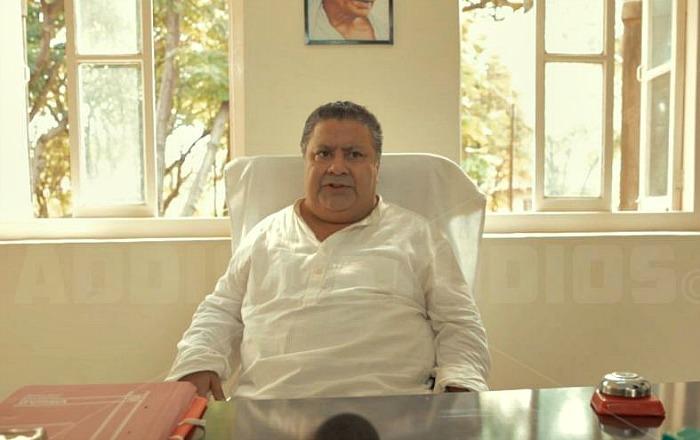 Pawan Kumar, House of Farts