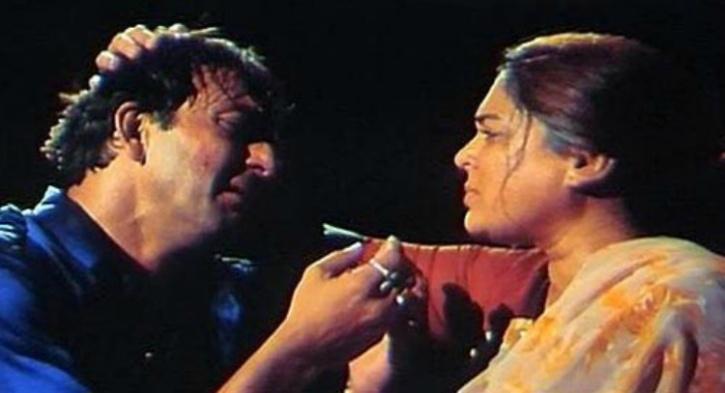 Sanjay Dutt and Reema Lagoo