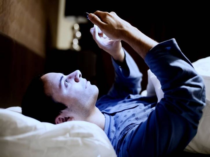 #1. Difficulty in falling asleep -Avoiding caffeine before bedtime -Exercise in the morning  -Avoid viewing screens an hour sleeping Source: Journal Of Applied Physiology