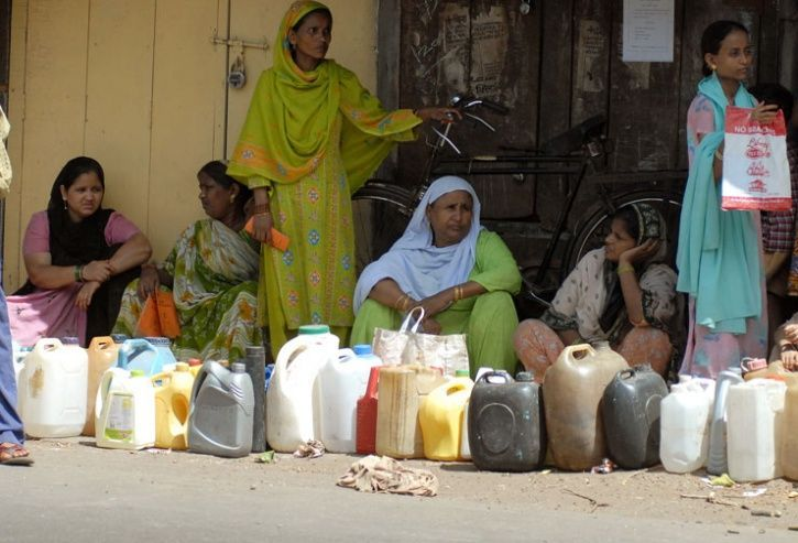 Maharashtra moves to cut ration for poorest of poor