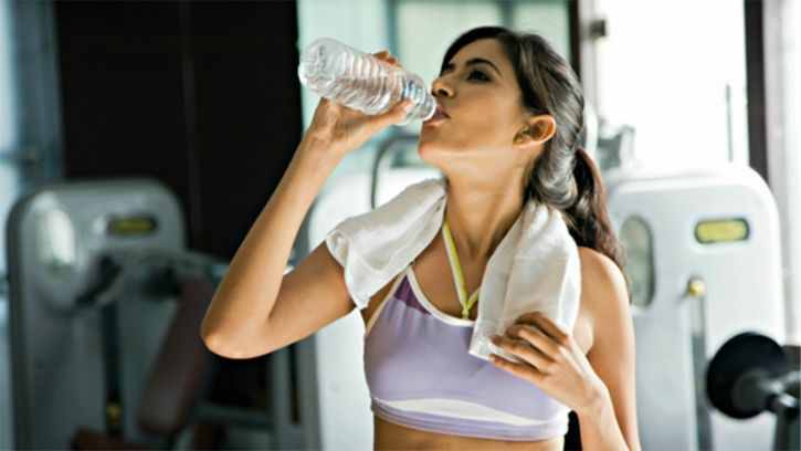 Keep yourself Hydrated Our body commonly mistakes thirst for hunger. So, if people would not be careful about that, then it would leave you thinking that you need to eat more. So it is really important to make yourself hydrate before, during and after a workout to avoid misdiagnosed hunger.