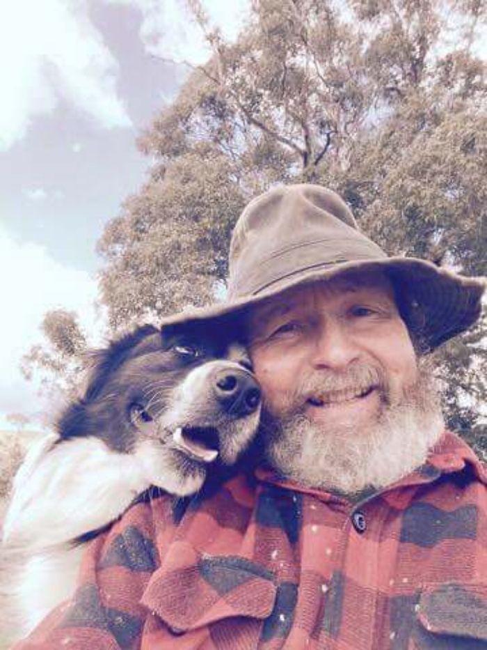 dad takes selfies