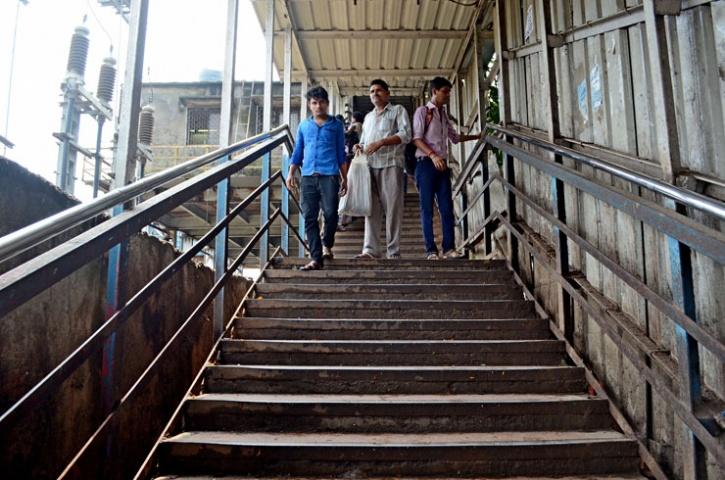 Narrow Andheri Staircase