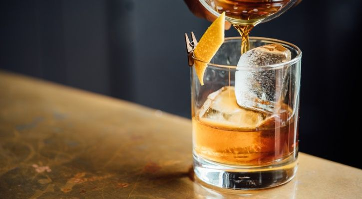 When you drink, drink out of a small skinny glass We tend to drink more while drinking out of a short, wider glass because it provokes over pouring. Studies have found that people pour 30 percent more liquid into shorter glasses as compared to taller skinny ones with the same volume.