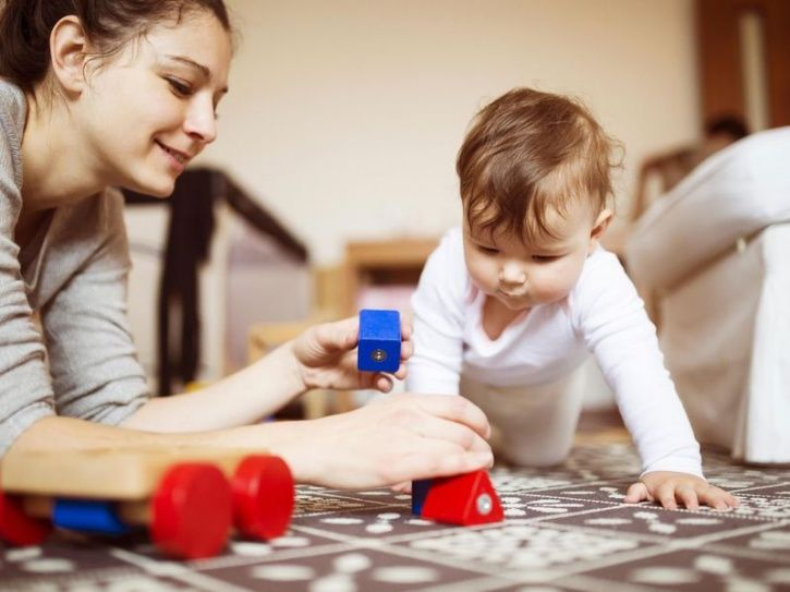 The findings suggest that babies as young as 15 months can learn the value of hard work, when they see parents struggling hard to achieve a goal.  Babies, who watched an adult struggle to reach two different goals before succeeding, tried harder at their own difficult tasks than babies who saw an adult succeed effortlessly.