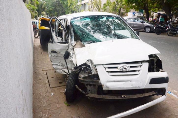 Bengaluru Cars Crash