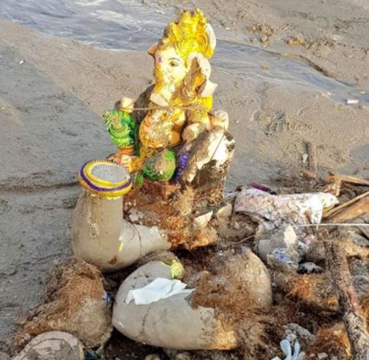 Mumbai Clean Up Beaches