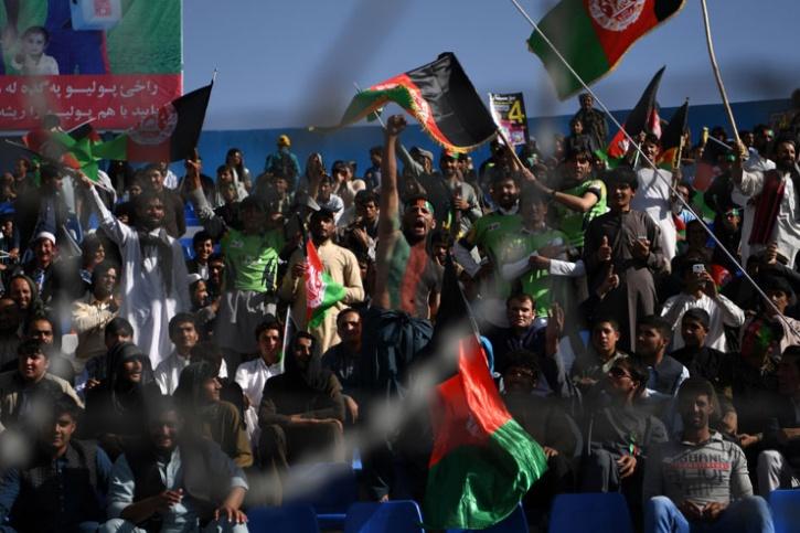 Afghan cricket fans
