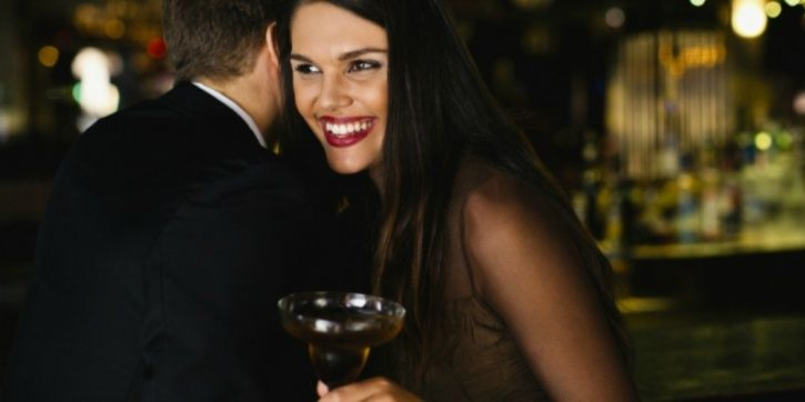 Alcohol alters your perception of attractiveness If you're drunk you're probably rating people higher than you would on the attractiveness scale. The more drunk you get, the higher you rate people as attractive.