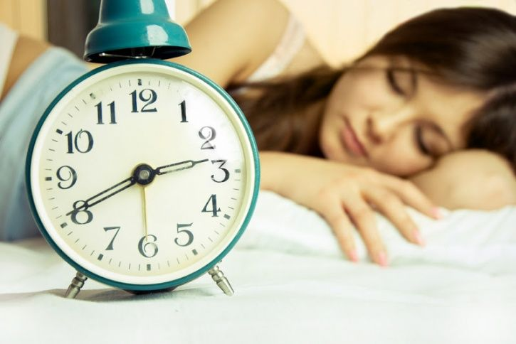 Stick to sleep schedule  Our inner body clock regulates itself best when we stick to a schedule; putting you to sleep when you want and helping you wake up refreshed. The best way to do this is sticking to fixed sleep schedule and following it even on the weekends.